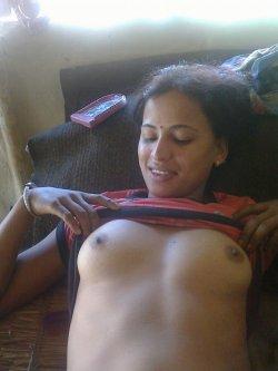 Nackt gujarati aunty pic