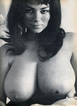 Dawn Bennett  nackt