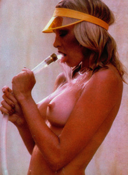 Hanson nackt Marcy  Peggy Bundy